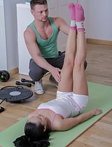 Gorgeous Brunette Babe Fucked By Her Brawny Trainer - Picture 3